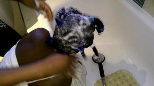 Shampooing Her Microlocs